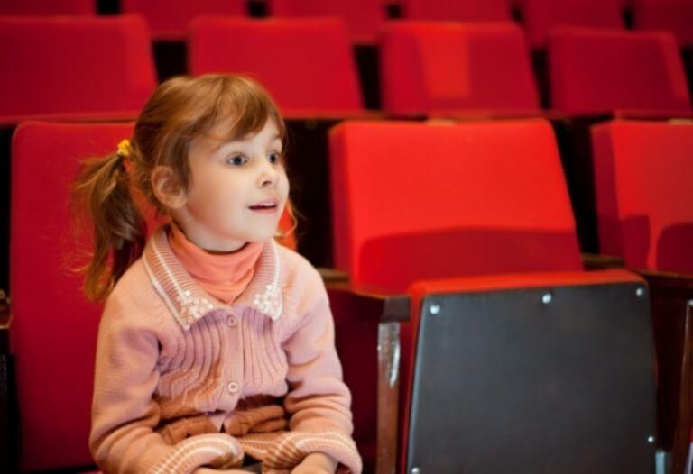 Билеты в театр на каникулы осенние стоимость билетов в музеи с петербурга